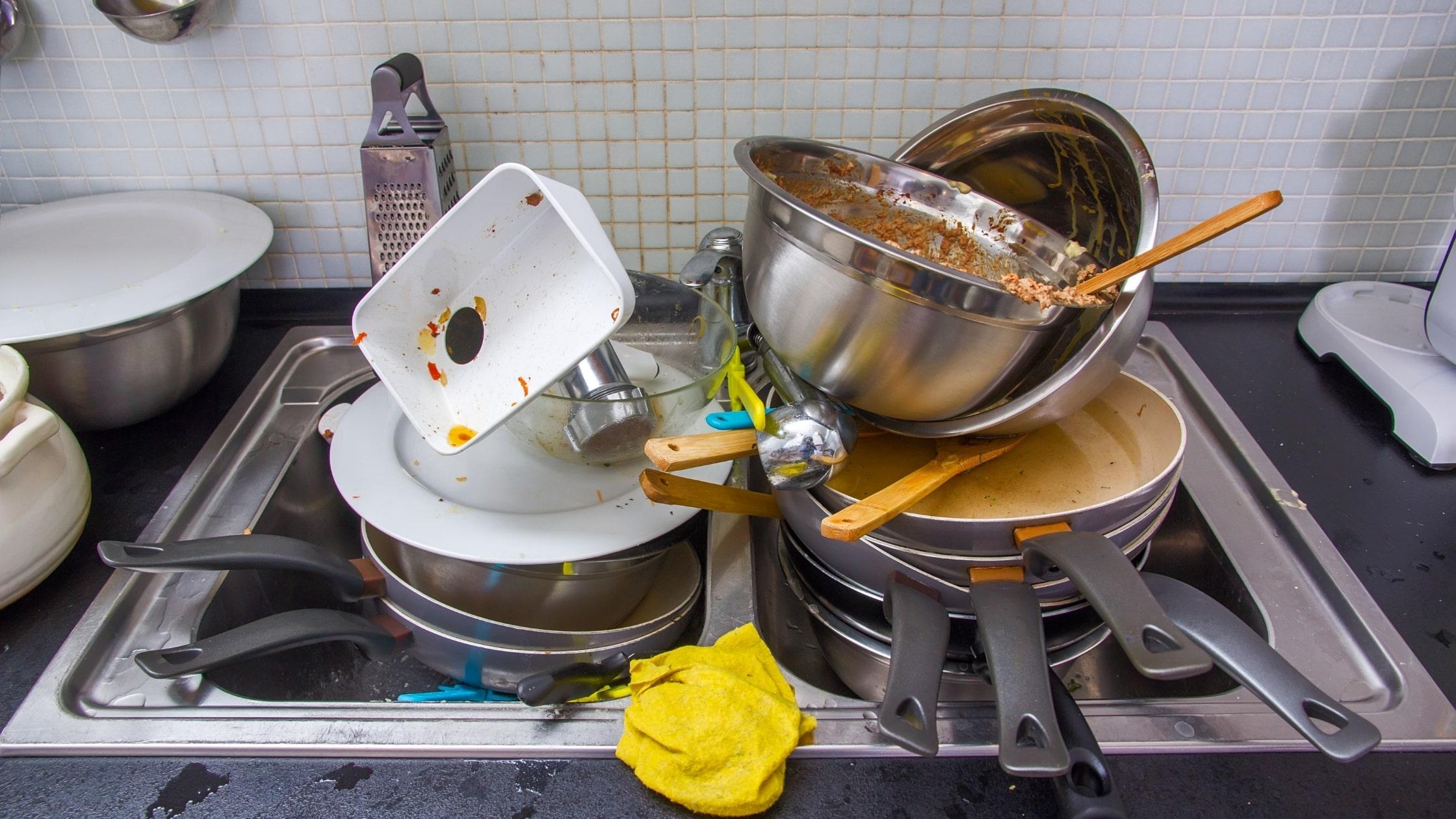 мръсна кухня